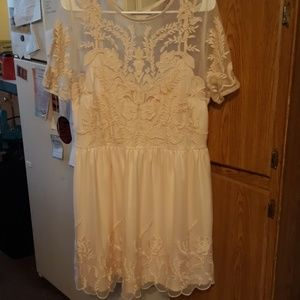 Light pink Forever 21 lace dress
